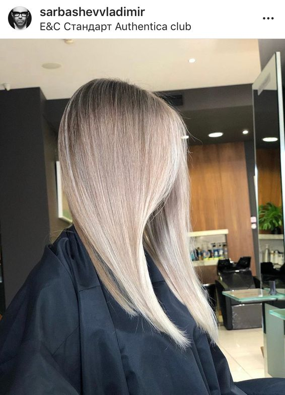 In a traditional retouch where the hair was backcombed or teased prior to lightener being applied, the colorist then has to use a tail comb to re-weave that section to ensure the client doesn't get too blonde over time or that color won't overlap on previously lightened hair.