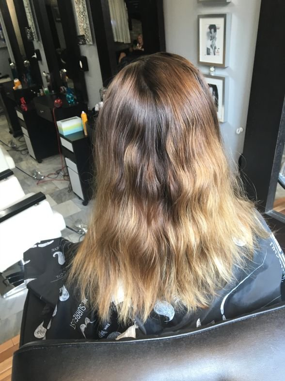 Before balayage service with GKhair Miami Beach Bombshell lightener. Existing balayage shown.