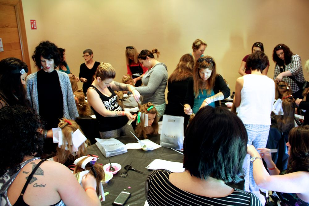 Attendees work at a hands-on color class.