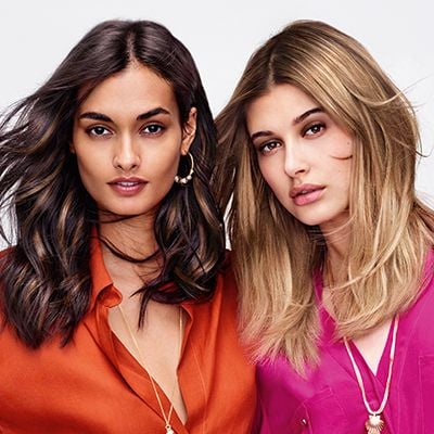 (left) Tiger Eye (right) Root Shadow. Tiger Eye features highlights paired with a warm or chocolate base to add dimension and texture to the hair. In Root Shadow, you blur the roots and brighten the whole look.