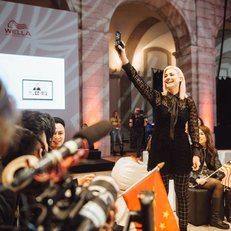 "Sarah Potempa offers inspiration to the attendees of Wella Professionals ITVA2018 ""Creative Retreat Experience"" held in Lisbon, Portugal."