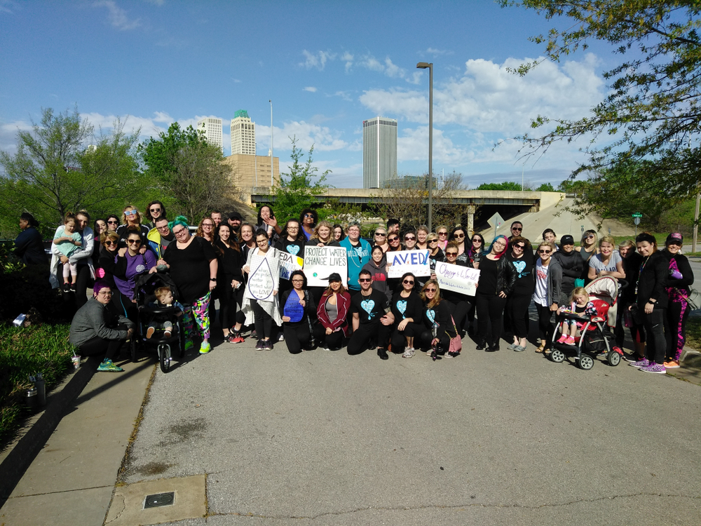 The team from Ihloff Salon and Day Spa in Tulsa, OK, walks for clean water.