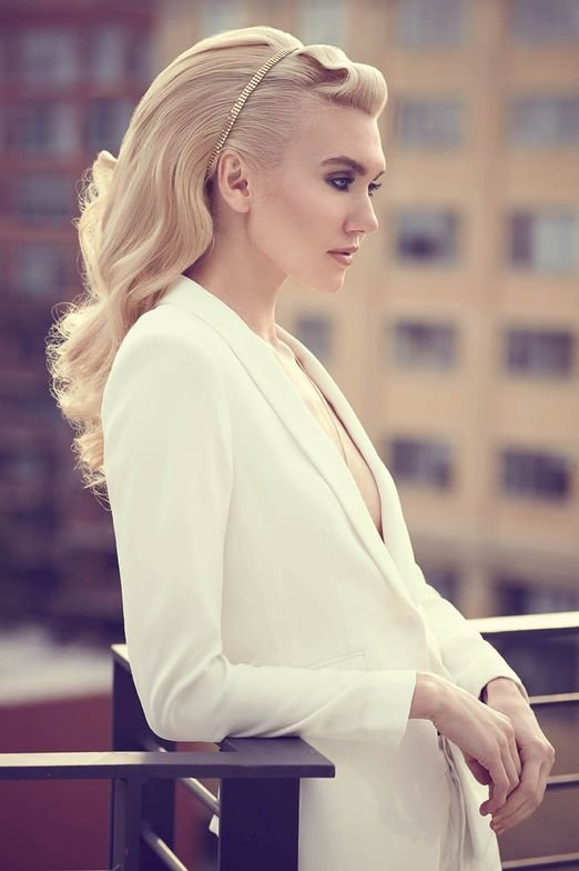 <strong>PLATINUM CHIC:</strong> Hair by Jaclyn Hendrickson