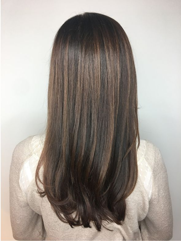 """<p>RICH AND NATURAL: """"This is a natural level 6 with less than 50% white. This formula was equal parts Majirel 5.025 and 4N with Majicrème Developer<a href=""""http://www.saloncentric.com/670281011028.html"""" target=""""_blank"""" rel=""""noopener noreferrer"""">20-Volume</a>. I smudged the color three inches down to richen her base and glossed with DIA Light 6.8 and DIActivateur Developer<a href=""""http://www.saloncentric.com/884486079466.html"""" target=""""_blank"""" rel=""""noopener noreferrer"""">9-Volume</a> to finish the look. I love the new <strong>MajirelFrench Browns</strong> shades because they give a rich natural finish that is more reflective.""""</p>"""