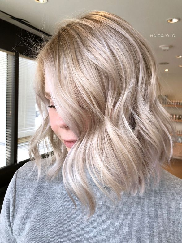 <strong>Oyster Blonde (front)<br /></strong>