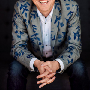 Joey Coleman, author of Never Lose a Customer and a speaker at Serious Business 2019.