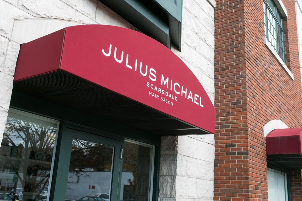 <p>The salon in Scarsdale often hosts Julius's well-known clients, like Jenny McCarthy and many of the <em>Real Housewives</em>.</p>