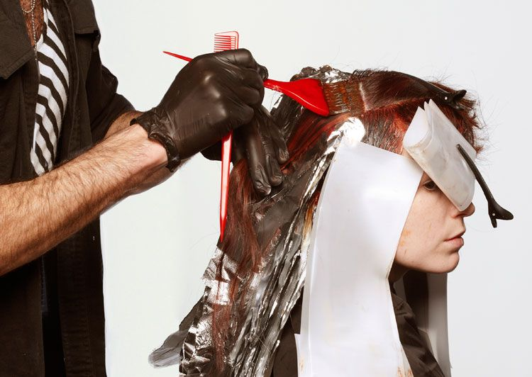 4. While processing, create the butterfly shades. Start on the scalp with the base shade used in step 2.
