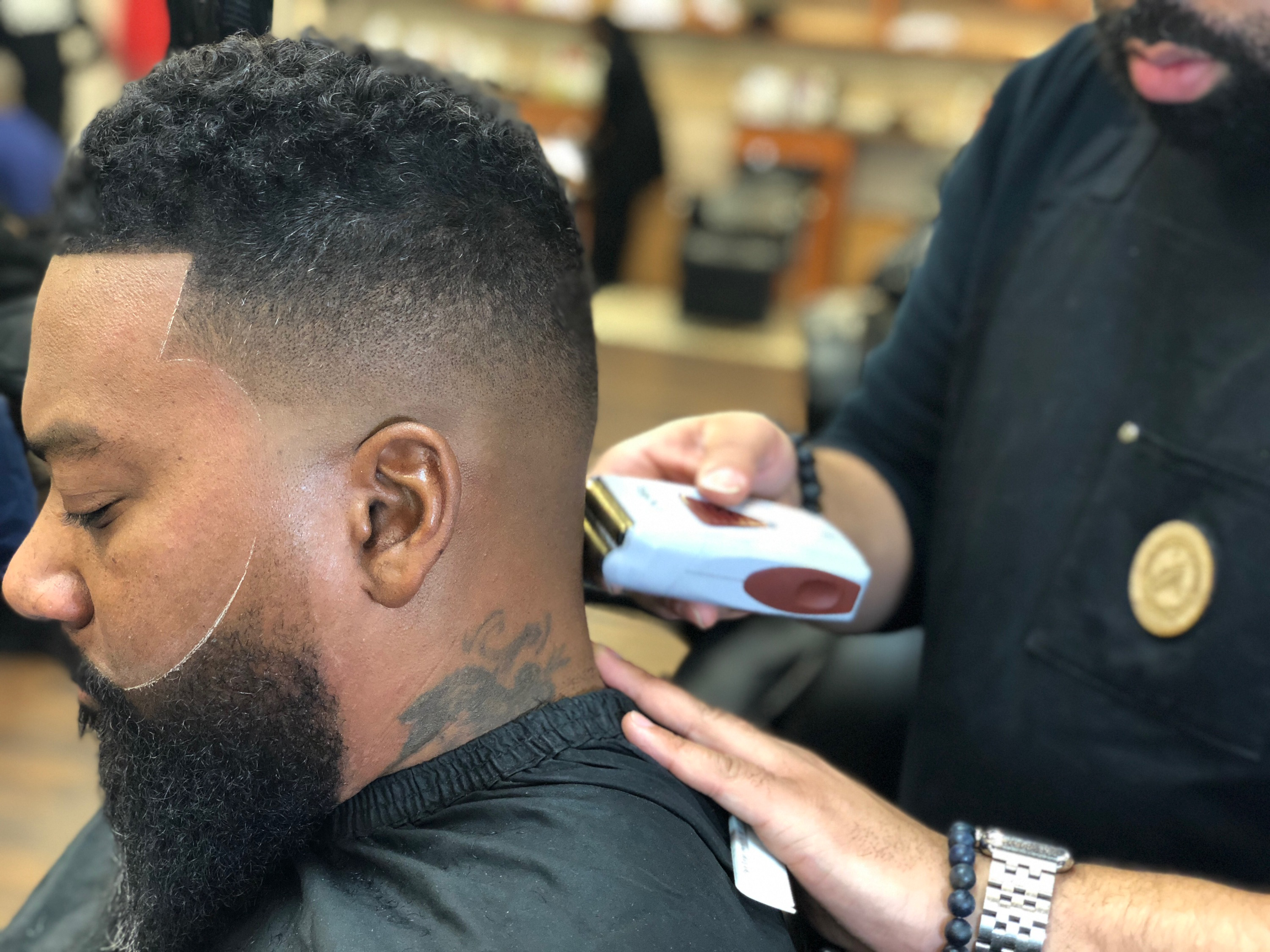 Kenny Duncan uses the Andis ProFoil Li Shaver for an ultra-smooth bald fade.