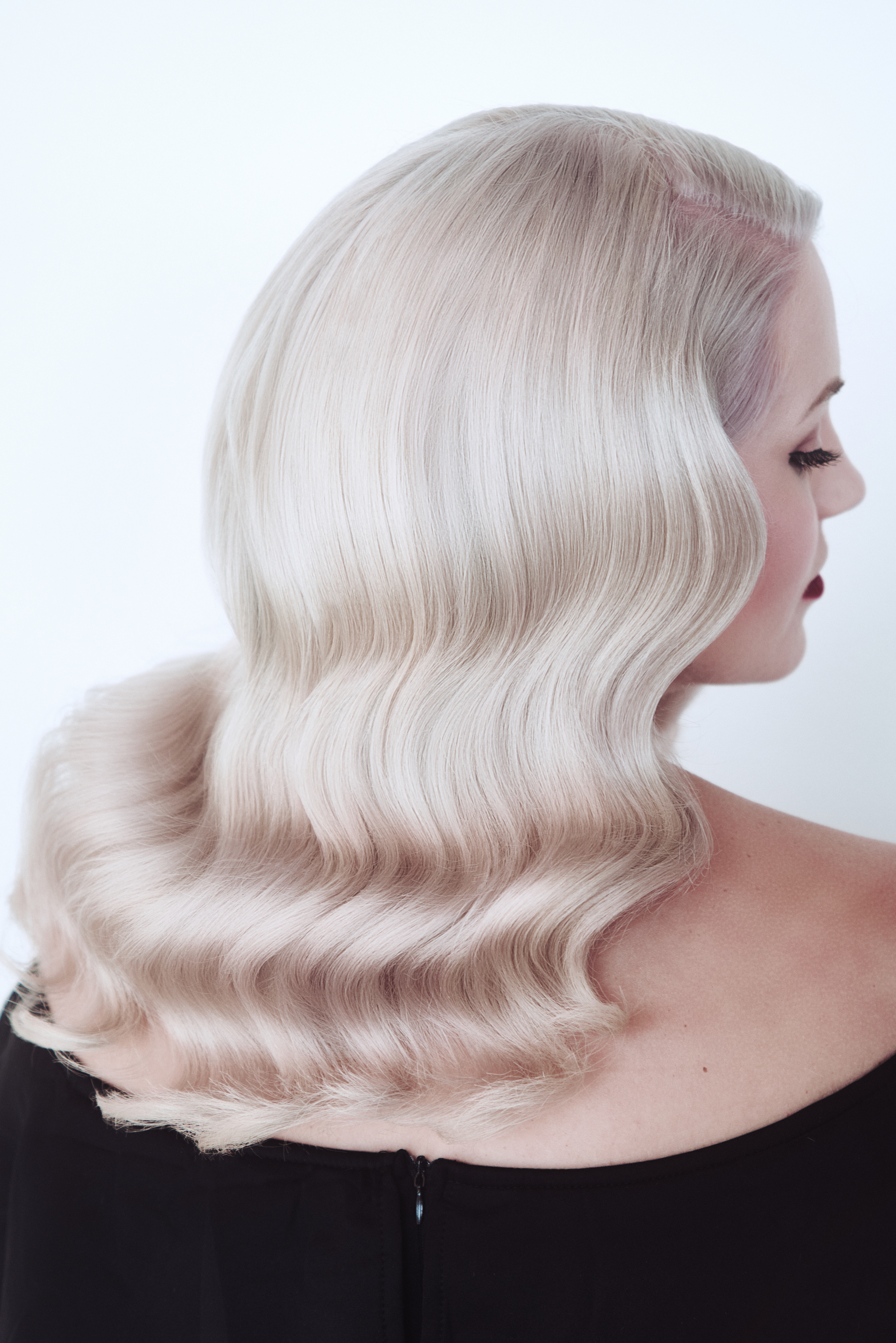 HOW-TO: Champagne Nude Blonde Hair Color