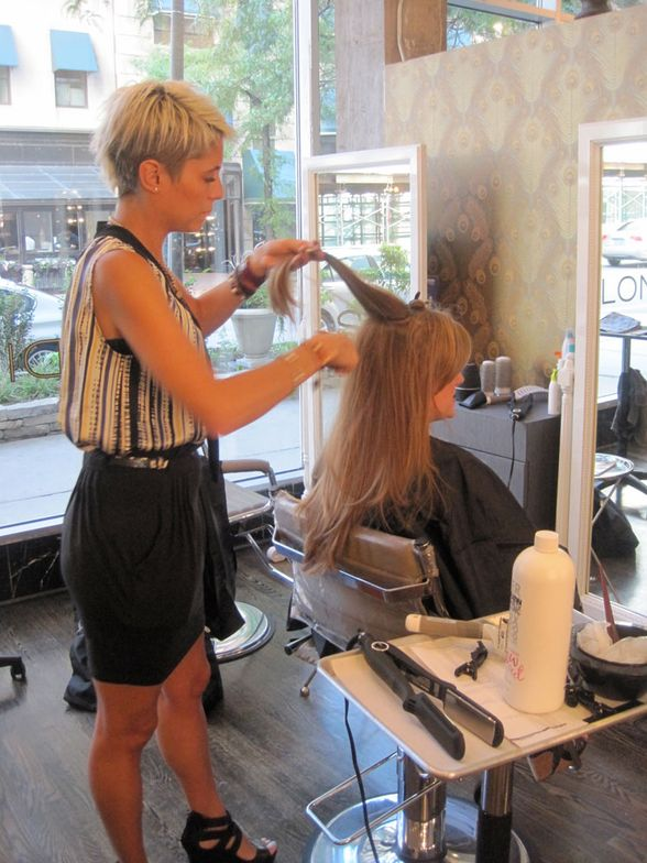 Studio 110 Salon in Chicago hosted media and editors to preview the new Keratin Complex Express Blowout service.