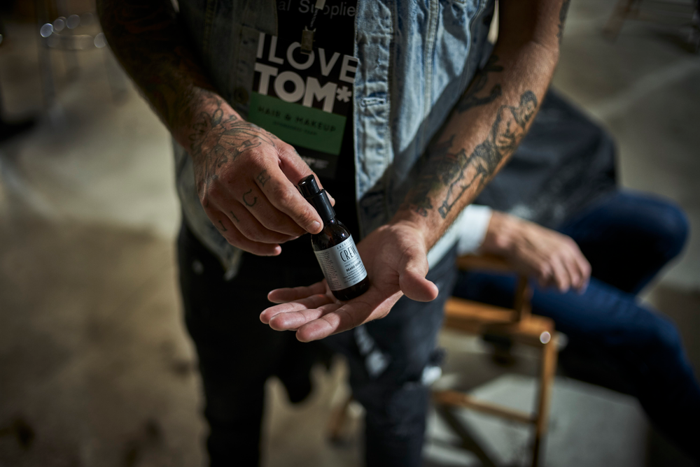 <p>Beards stay soft, shiny and smooth with a formula like American Crew<strong>™</strong>Beard Serum.</p>