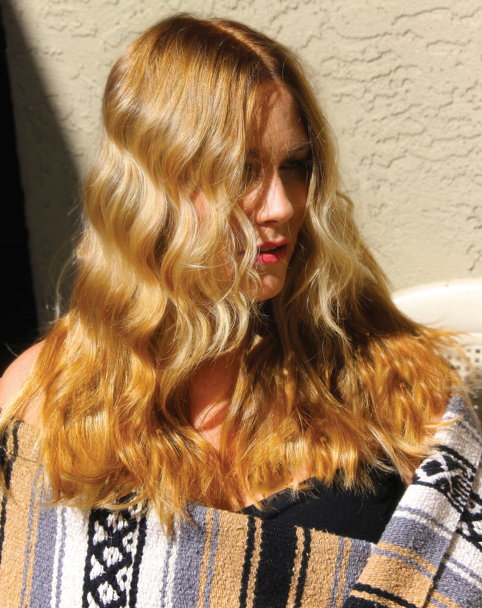 Amber-Wheat Blonde Lakme Color How-To