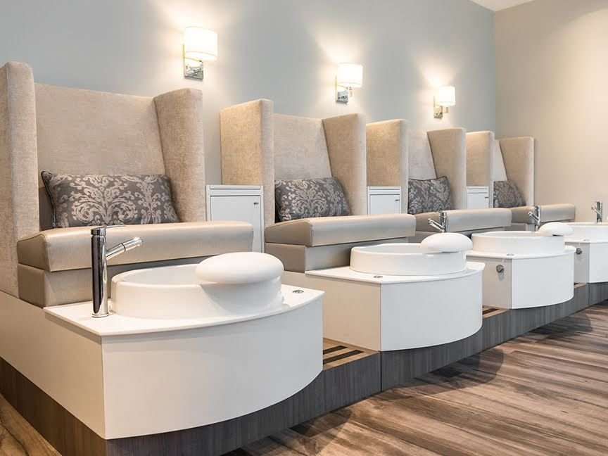 The customized pedicure thrones are the owner's favortie design feature.