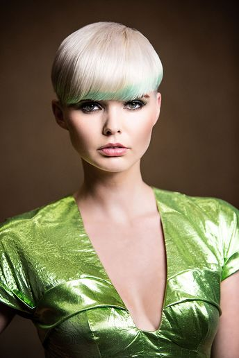 John Simpson's Pure vs. Pastel: Liquid Finish Using Elumen