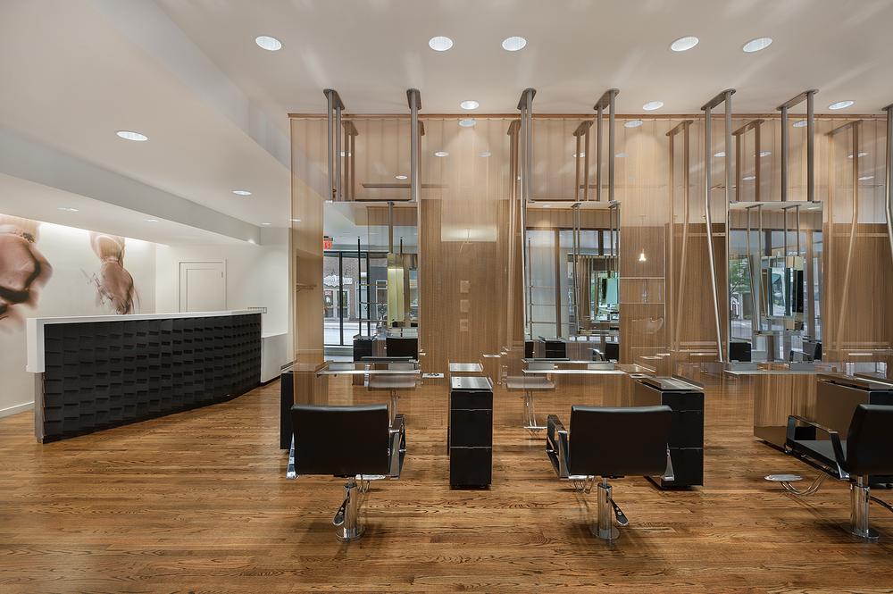 <p>The Birmingham, MI location echoes the stylish, minimalist esthetic of the 6 Salon brand.</p> <p>Salon photography: Jeffrey Kilmer Photography</p>
