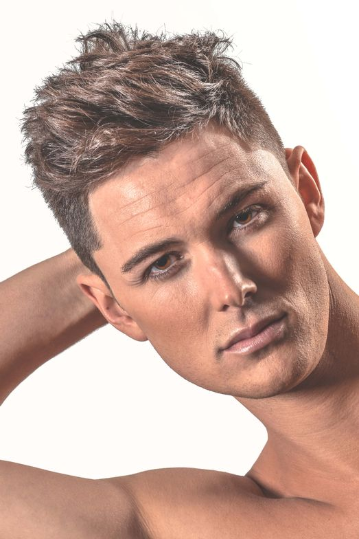 <p></p> <p>Hair: Ryan Mulcahy------</p> <p>Product: 18.21 Man Made Clay, Hair Spray------</p> <p>Makeup: Kaja Gybasova</p>
