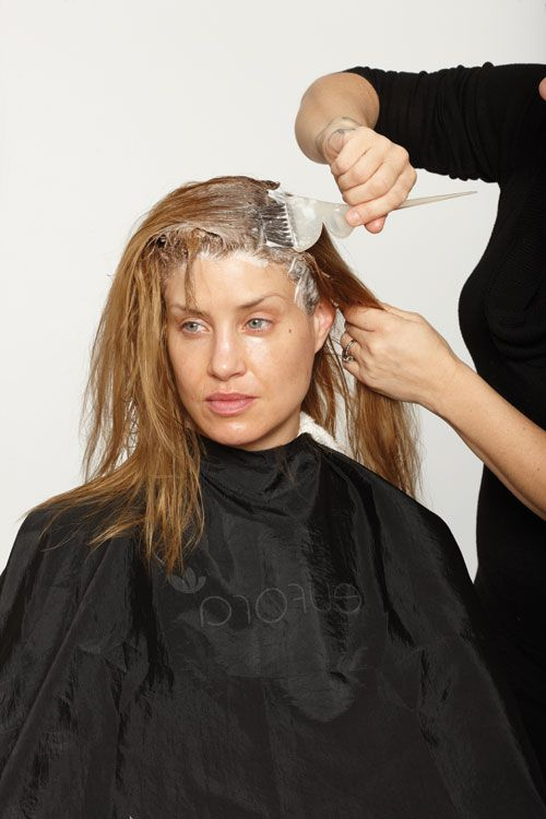 1. Begin with the color at the base. Using a bowl and brush, apply from the scalp to 3 inches out. Mix one part Davines 11S with two parts 40-volume developer. Process for 30 minutes.