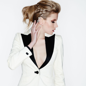 Updo How-To: Prep. Play. Perfect.