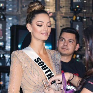 This year's winning contestant, Demi-Leigh Nel-Peters, Miss South Africa, sported an elegant...