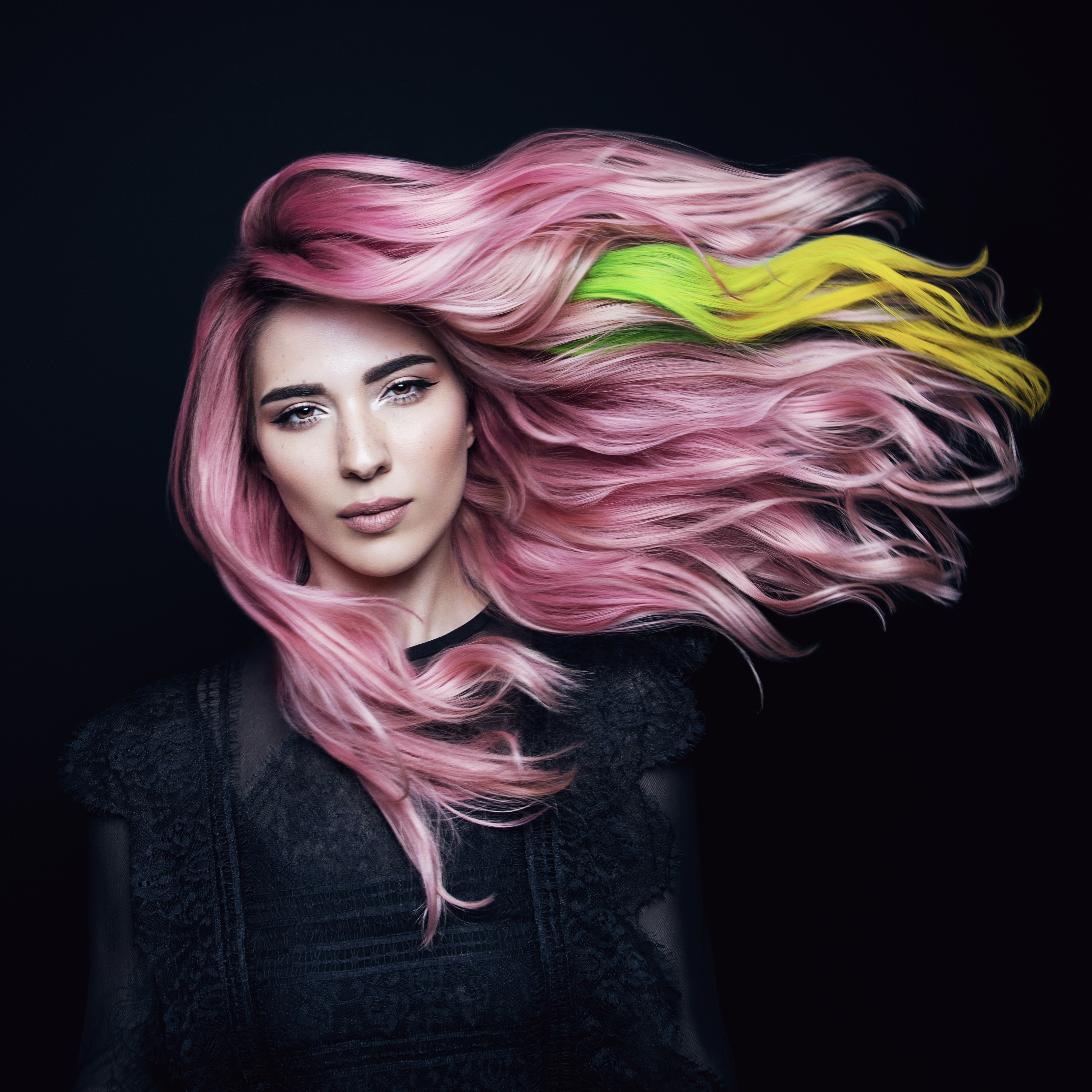 VIVIDS Mood Color in Lime Green to Sunny Yellow transforming shade shown here. Pravana