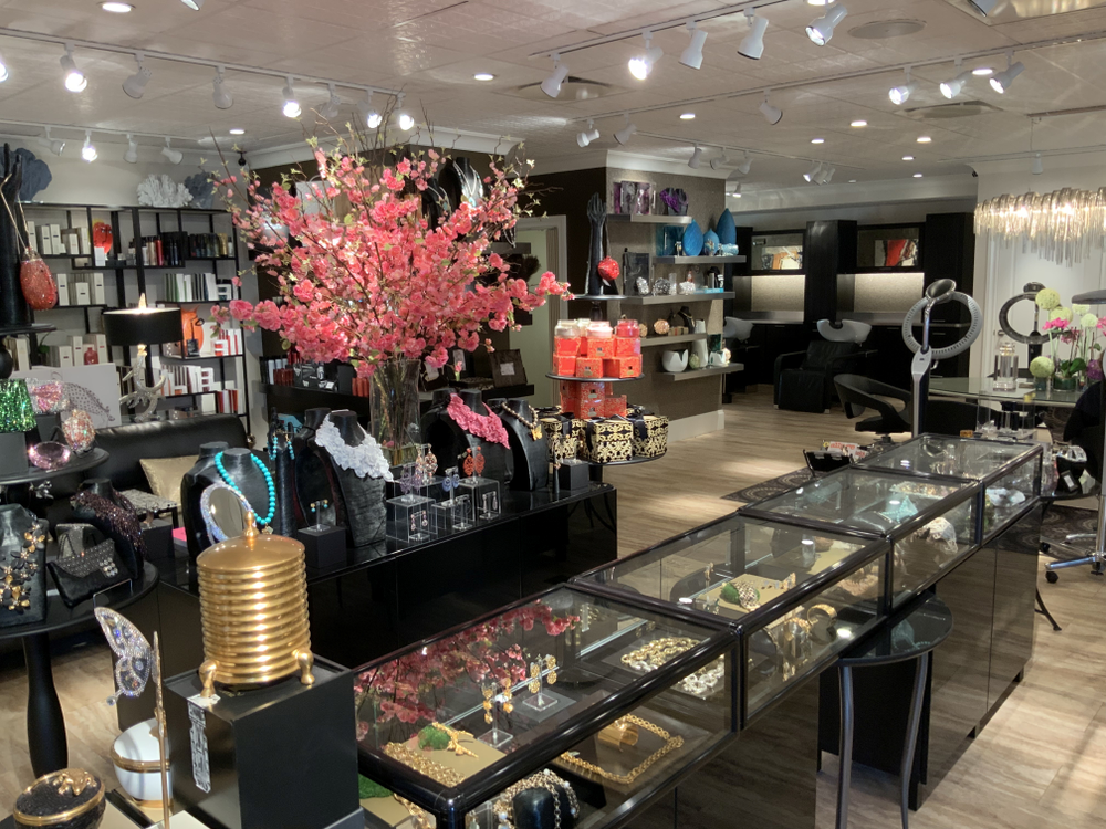 A glimpse at the NColor retail area, which carries home goods, gifts, jewelry, handbags and small leather goods in addition to professional beauty lines.