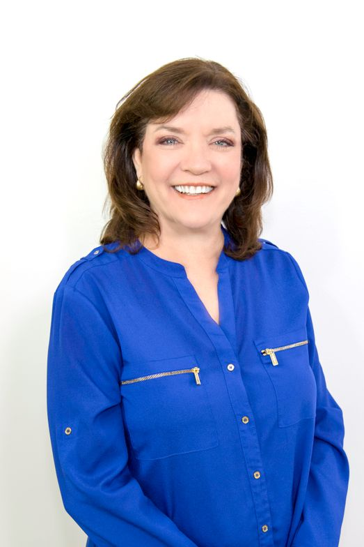 <strong>NovaLash</strong>'s former Chief Operations Officer, <strong>Beth Fetzer</strong>