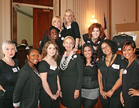 Christine Gordon, American Association of Cosmetology Schools (AACS) President, and WTOW volunteers