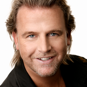 A native Dutch, Patrick Kalle owns two salons in the Netherlands and tries to spend two days a...