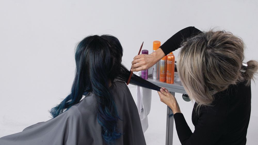<p><strong>STEP 9 : </strong>Finish with your favorite ColorProof Hairspray and <strong>HumidityRx </strong>Anti-Frizz Weatherproof Spray.</p>