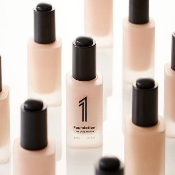 COSMOPROF: RIJU World Int'l Co. 1Foundation-One Drop Miracle (Air Tint Foundation SPF 22 PA++)