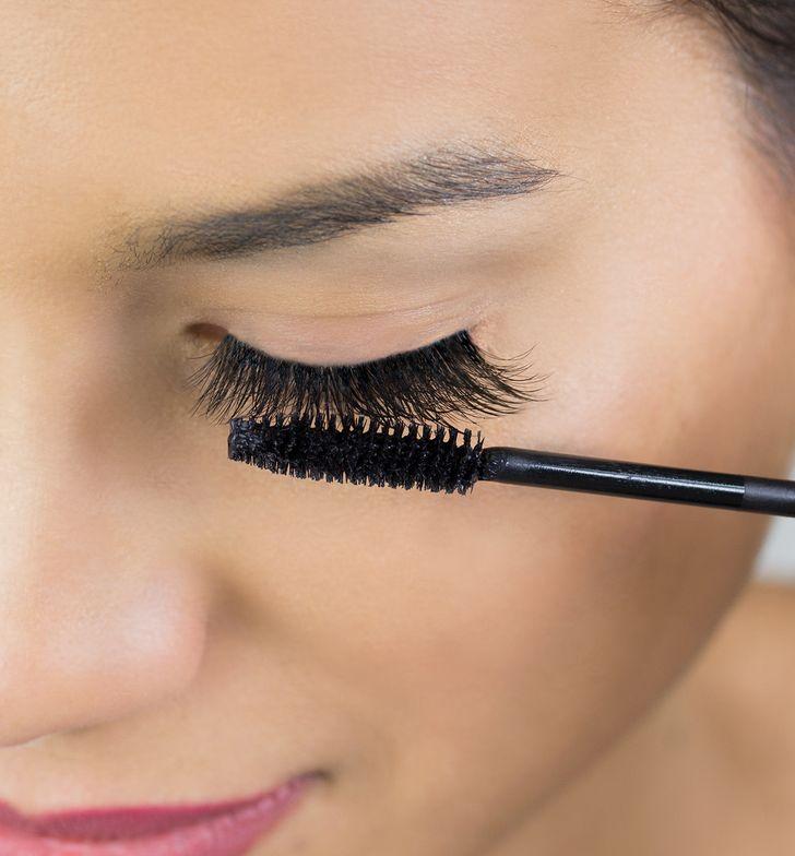 STEP 9: (optional) Use glycol-free mascara by NovaLash on your eyelash extensions