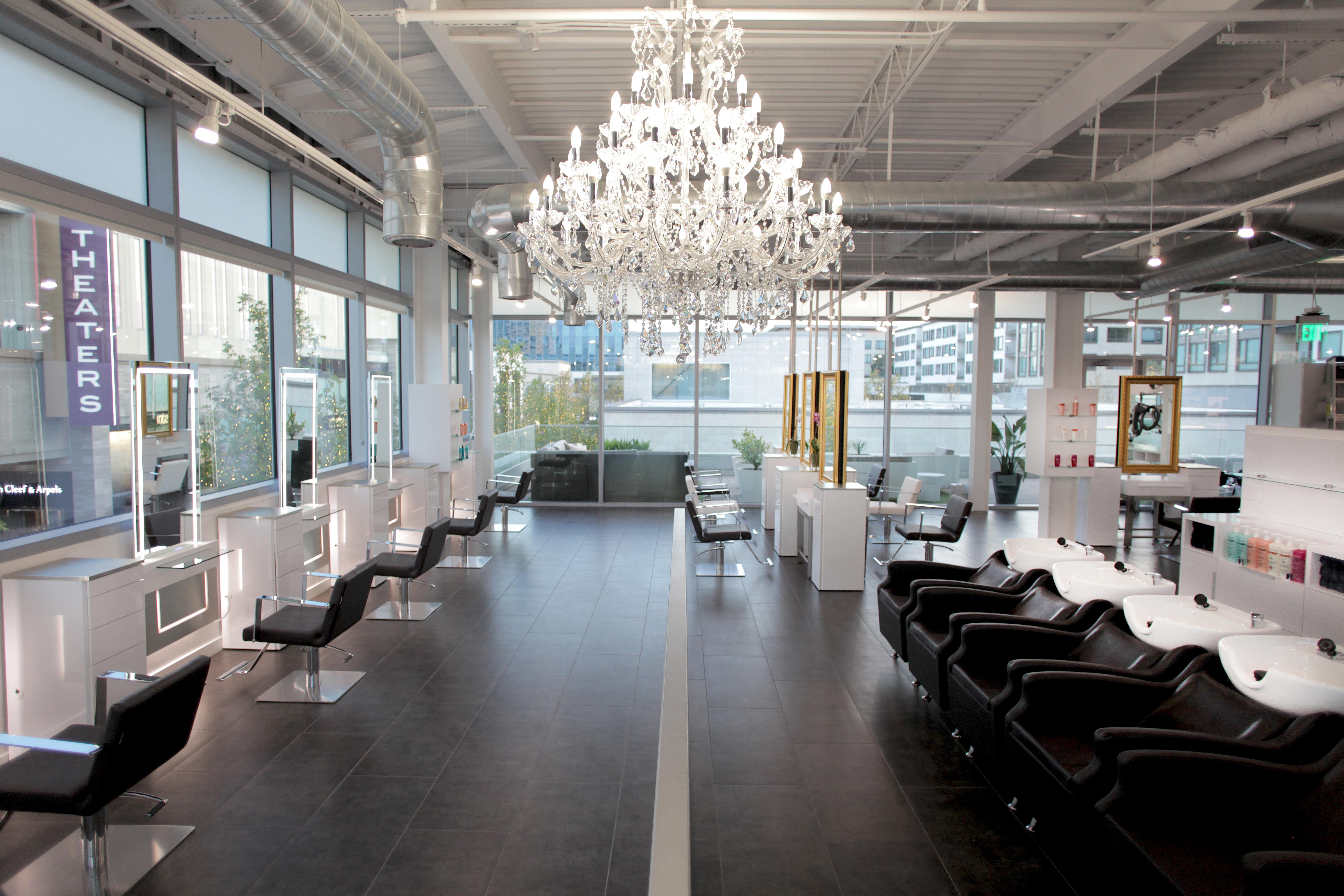 Salons of the Year 2017: Bella Rinova Salon