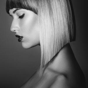 Hair: Sam Villa ArTeamMakeup: Keri Hatfield