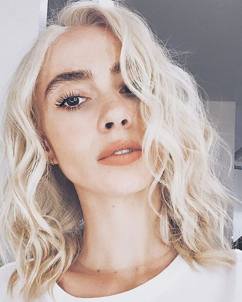 <p>For this modern-day Marilyn style, Shelley Gregory @shelleygregoryhair uses Badlands. &ldquo;I never knew a dry shampoo paste is what I&rsquo;ve always been looking for,&rdquo; she says. &ldquo;It gives texture that is weightless.&rdquo;</p>