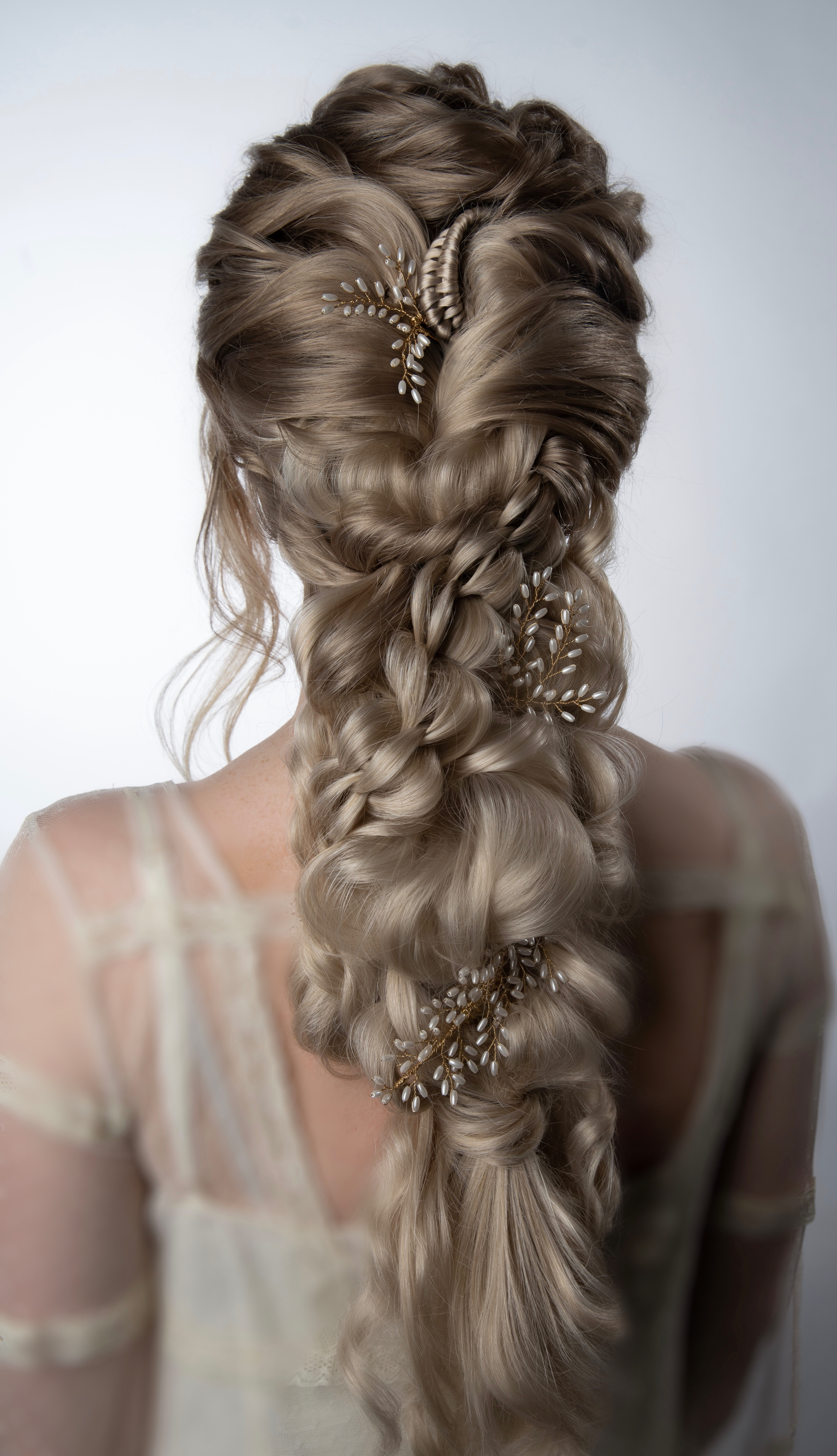 Wedding Hair Inspo See The Top Five Braids And Brides