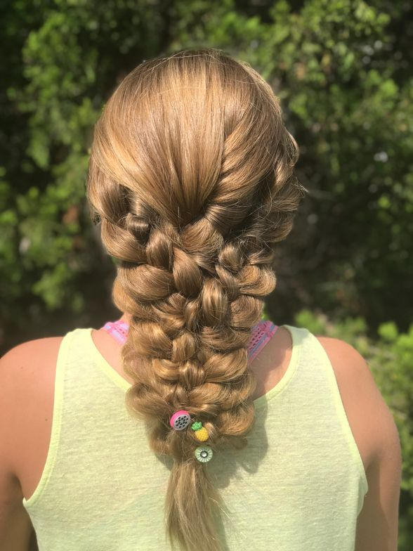 "<p><strong>Why stop with one braid when you can have three? Triple braid delight by <a href=""https://www.instagram.com/heymelindak/"" target=""_blank"" rel=""noopener"">@heymelindak</a></strong></p>"