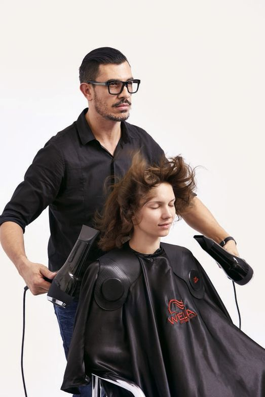 STEP 3:  Start blowdrying the hair.