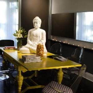 Eric Alt Salon has Zen feel