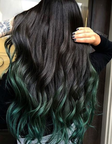 This dual-toned beauty is #hairgoals.
