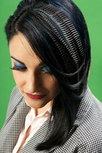 "HOW-TO: ""!PoP!"" Collection Black and Blue Micro-Crimped Style"