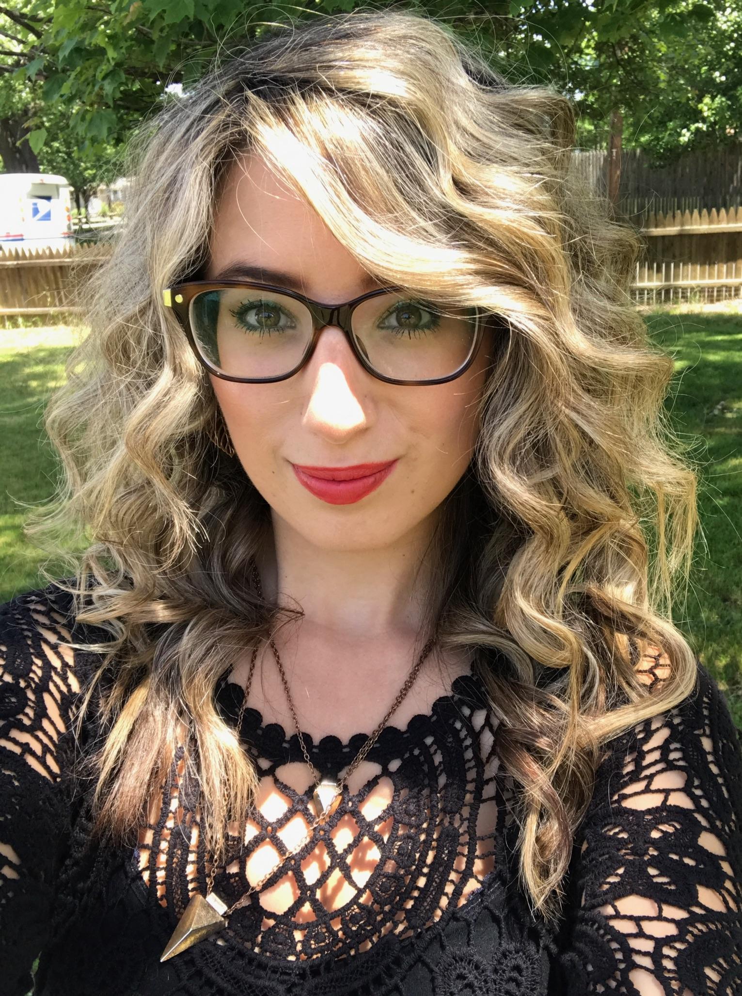 Alexandra Wilson (@alexandralee1016)