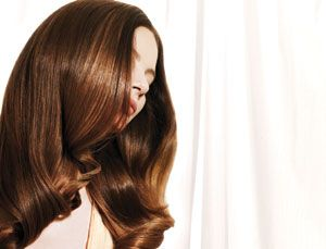 Sun-Kissed Brunettes: Summer Color Formulas Your Clients Crave