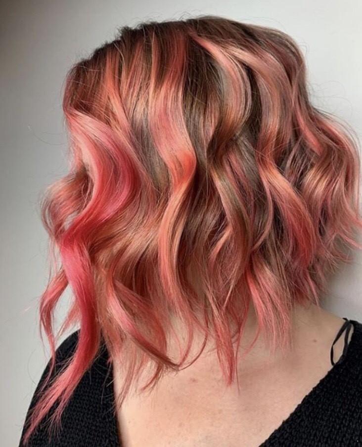 Did someone say rosé? We're loving this pink by @nicolec_foxandjane.