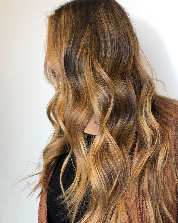 """""""Love the consistency of L'anza's Clay Decolorizer so much,"""" Valsamis writes on Instagram. """"And it lifts beautifully!"""""""