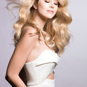 Hair: Marilyn Cole, Rocco and Peggy Wright | Makeup: Satya Lina | Photographer: Robert Lynden |...