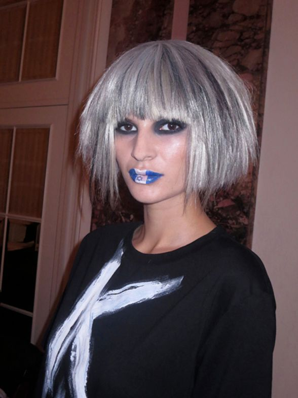 Shades of grey on casual bob by Perry Monge, Star of David on lips at Perry Monge Intercoiffure Nouveau show.
