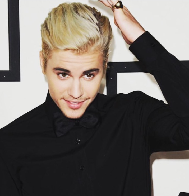 2016 Grammy Awards: Justin Beiber's Red Carpet Hairstyle