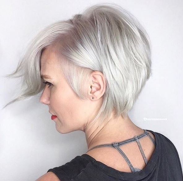 Ka-Pow! This bright, icy blonde bob from @bleachedandblown kicks it up a notch!