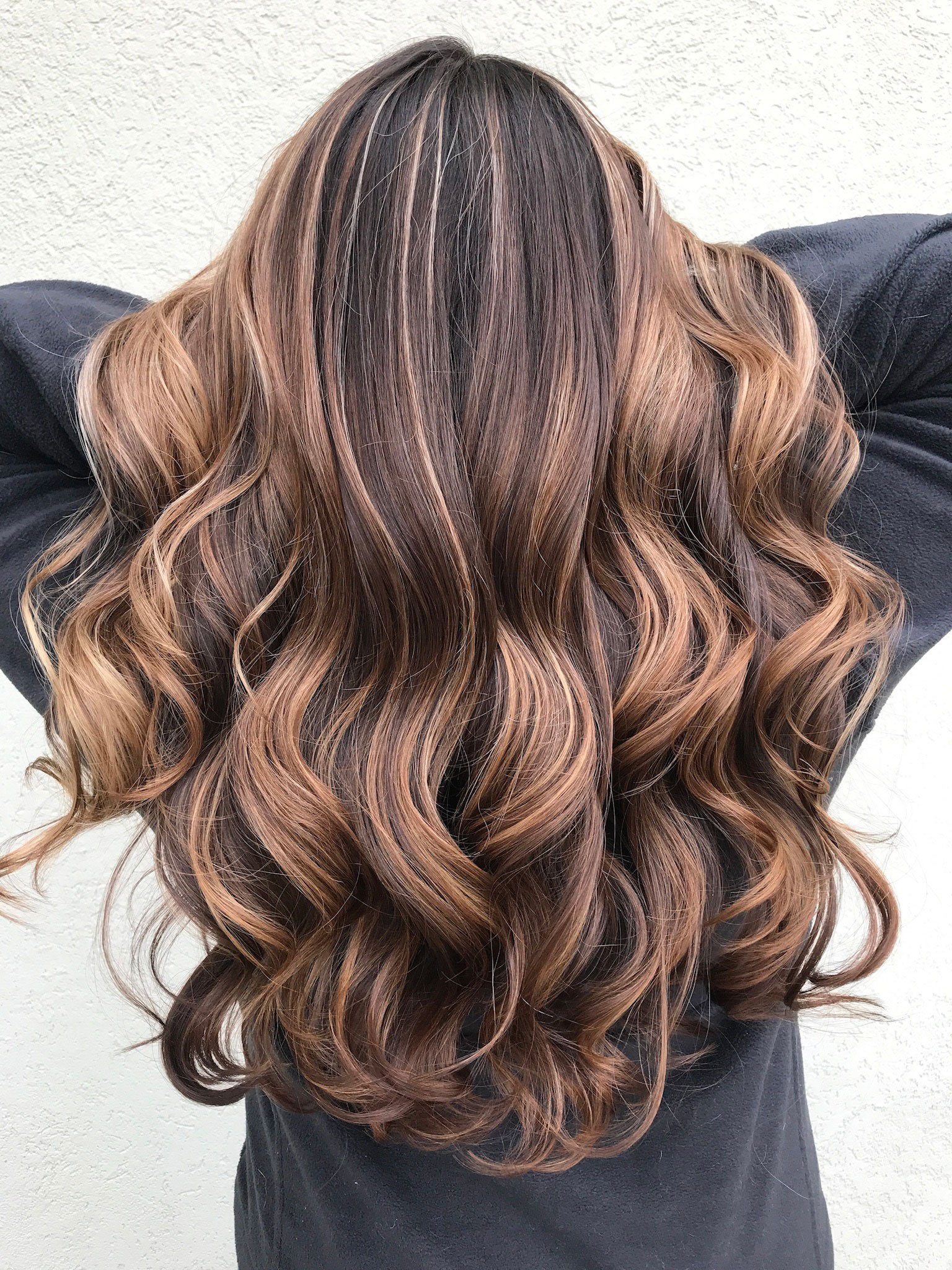 HOW-TO ALERT: Get the Formula for the Brunette Balayage Blowing Up Instagram